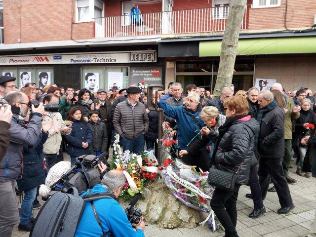Homenaje a víctimas del 3 de marzo