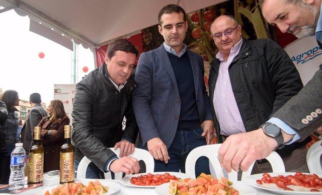 Celebración del Día del Tomate