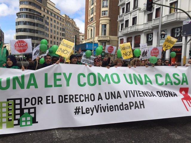 Pancarta de la manifestación organizada por la PAH.