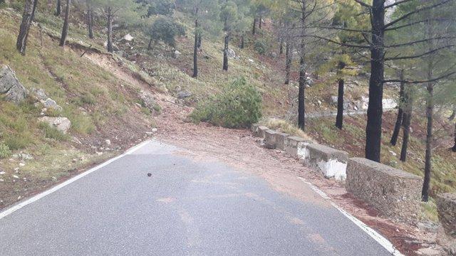 Una de las carreteras afectadas