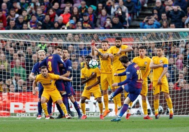 Messi entra en racha con la puntería del Pichichi