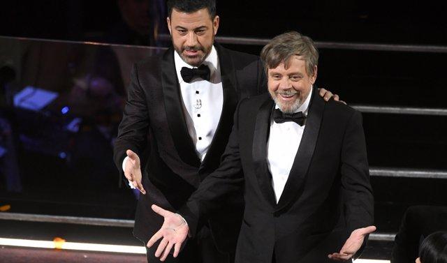 Jimmy Kimmel y Mark Hamill en los Oscar