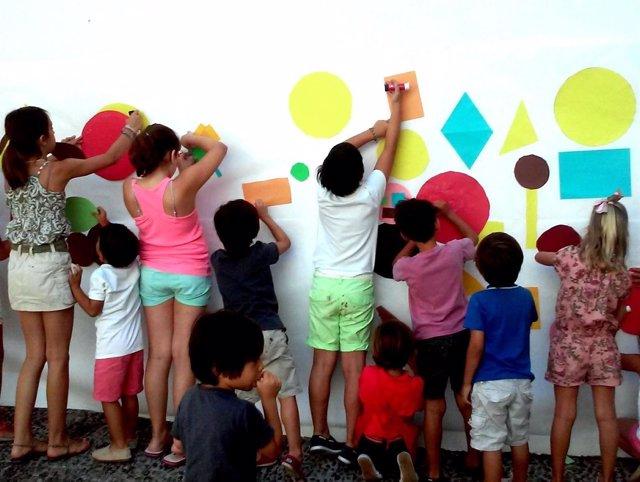 Niños verano taller cultura arte Picasso educación jóvenes