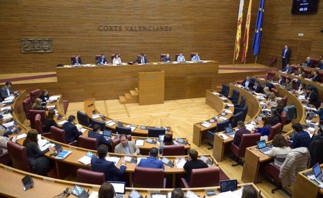 Pleno de les Corts Valencianes