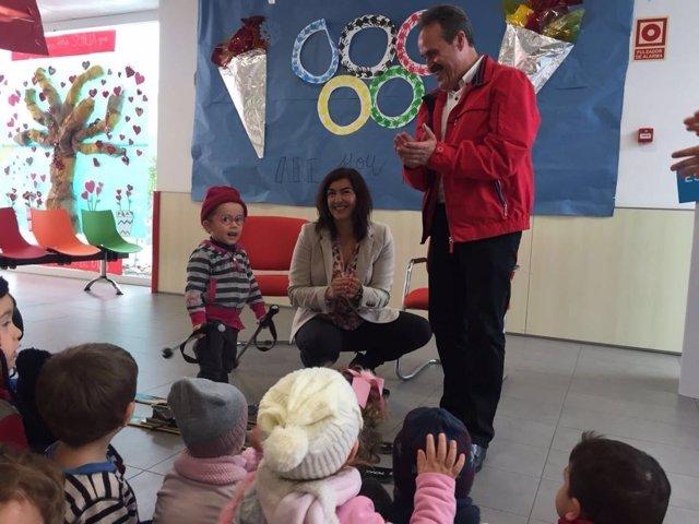 La escuela infantil de Viator en sus 'Pequeolimpiadas'