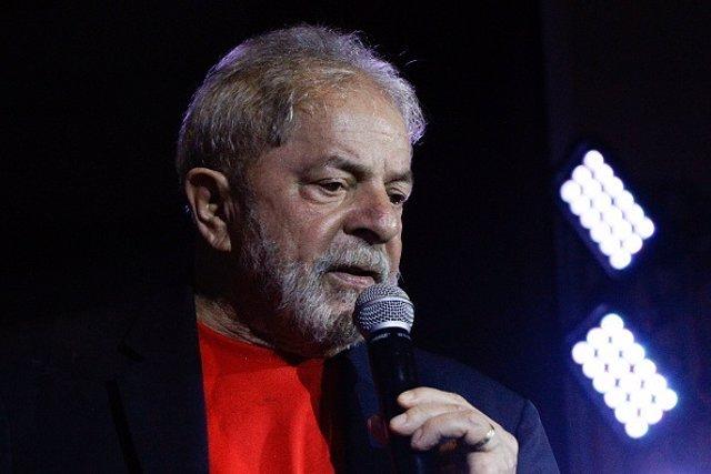 Lula da Silva defendiendo su candidatura
