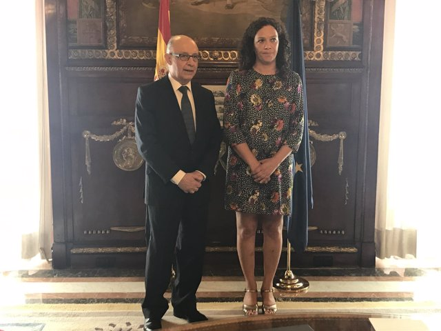 Cristóbal Montoro y Catalina Cladera