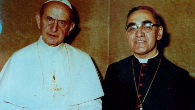 Pablo VI y Óscar Romero