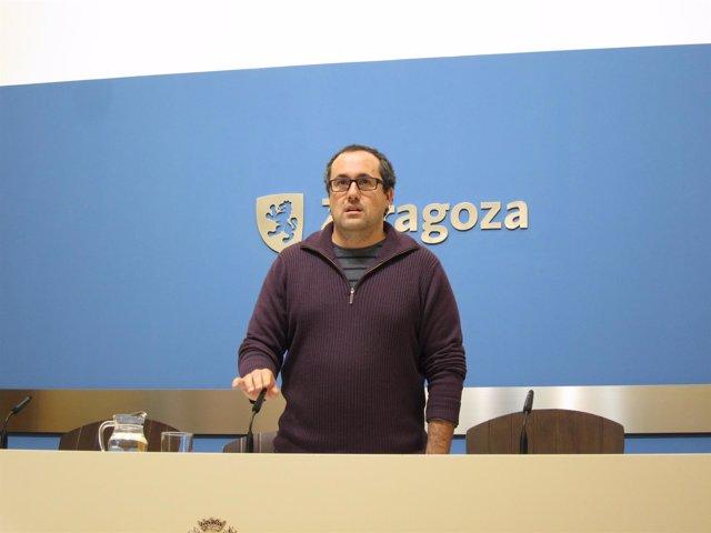 Alberto Cubero, hoy en rueda de prensa en el Ayuntamiento de Zaragoza