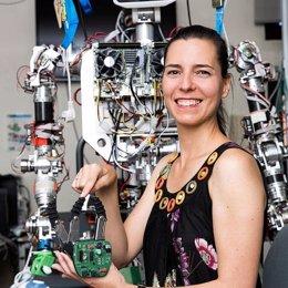 Fundación Orange entrega su 'III Premio Mujer y Tecnología' a la investigadora e