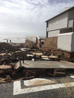 Destrozos en La Antilla (Huelva) por el temporal.