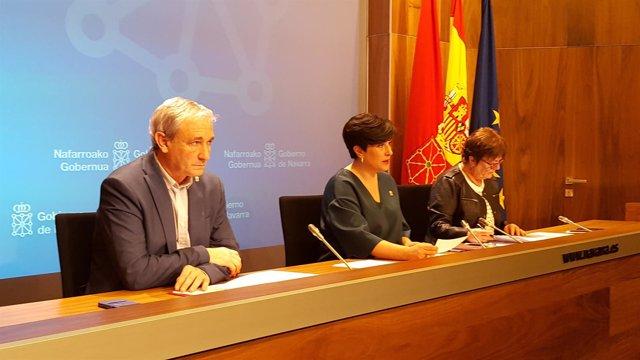 Mikel Aranburu, María Solana y María José Beaumont.