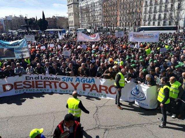 Manifestación de regantes del Levante en Madrid