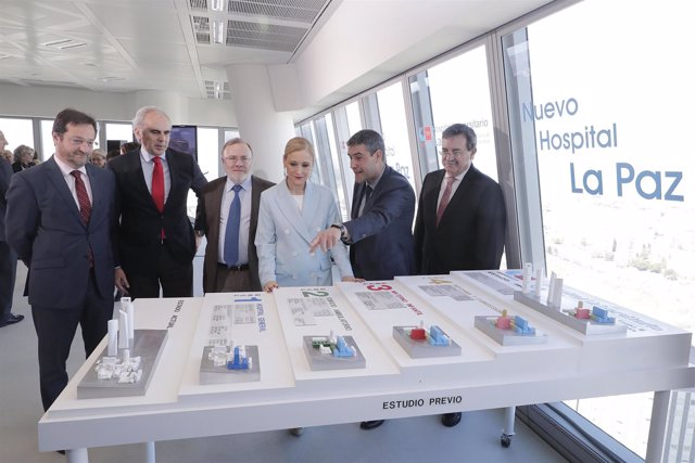 Cifuentes Presenta El Proyecto Del Nuevo Hospital La Paz La Presidenta De La Com