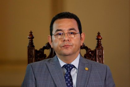 Morales anuncia la retirada del Ejército de las calles de Guatemala