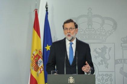 """Rajoy dice que su Gobierno trabaja """"por la igualdad real"""" de mujeres y hombres"""