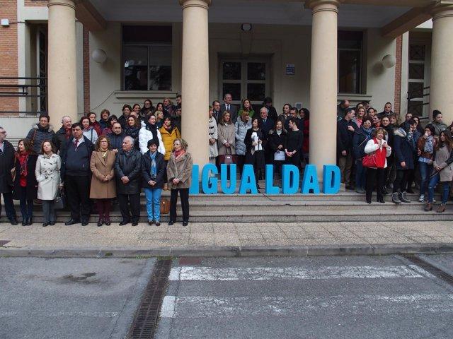 Participantes en la lectura del Manifiesto
