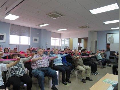 Más de 60 personas participan en un proyecto que fomenta la actividad física a través del baile