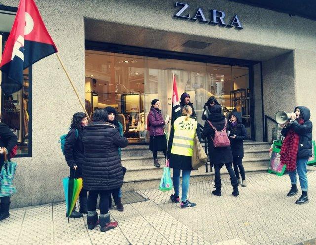 Piquete informativo en Zara