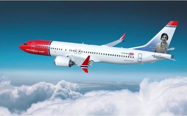 Avión de Norwegian con María Zambrano