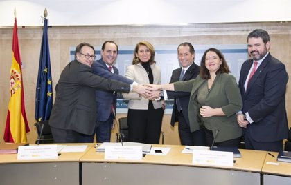 Un acuerdo entre sociedades de garantía, Abanca y Ministerio de Economía financiará con 400 millones a pymes