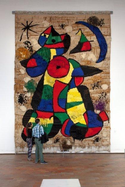 Cena con fines benéficos para restaurar un tapiz de Miró