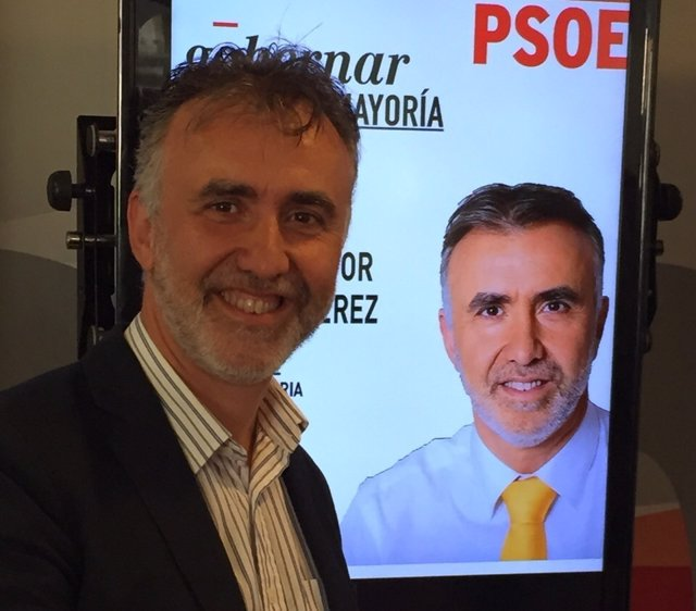 Ángel Victor Torres