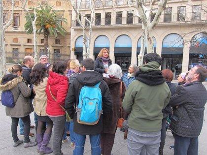 CHA recrea la primera manifestación por los derechos de las mujeres en Zaragoza, el 8 de marzo de 1936