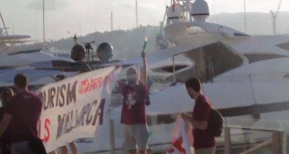 Miembros de Arran declaran este viernes ante el Juzgado por la protesta contra la masificación turista en el Puerto