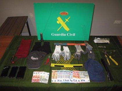 Detenidos los presuntos autores de tres robos en bares y cafeterías de Albolote