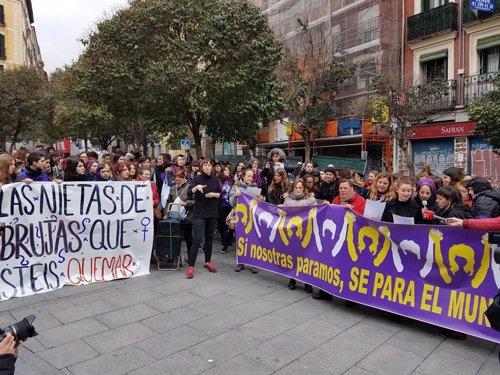 Concentración convocada por la Comisión 8M en Lavapiés (Madrid)