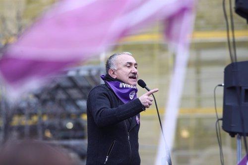 Pepe Álvarez hace declaraciones en la concetración en Cibeles (Madrid)