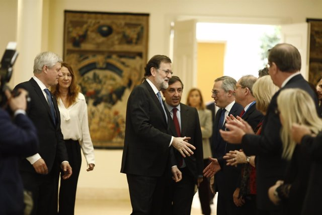 Rajoy y José Ramón García-Hernández en Moncloa