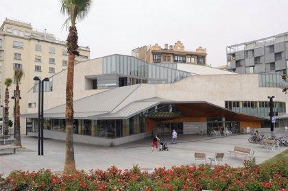 Más de la mitad de las bibliotecas de Barcelona cierra por la huelga