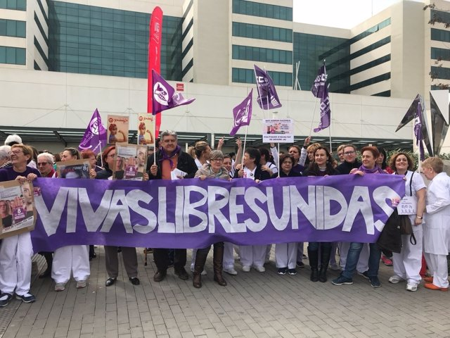 Paro del 8 de Marzo en el Hospital La Fe de València