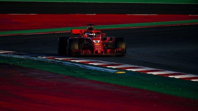 Vettel pulveriza el récord del nuevo trazado en el penúltimo Montmeló
