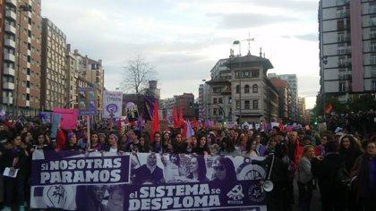 Miles de personas claman en Gijón acabar con la desigualdad de género y la violencia machista