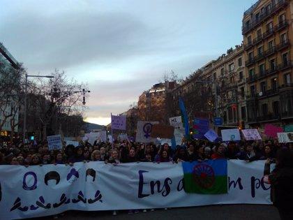 200.000 personas desbordan Passeig de Gràcia en la manifestación feminista de Barcelona