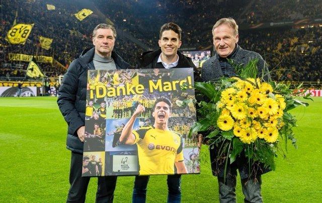 Marc Bartra, homenajeado por el Borussia Dortmund