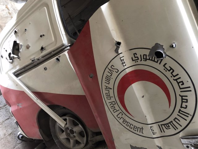 Ambulancia de la Media Luna Roja Siria atacada en Ghuta Oriental