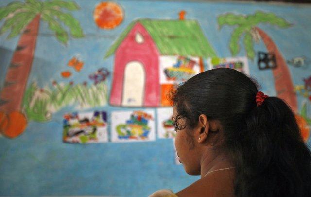 Foto de archivo de una superviviente de trabajo infantil en India