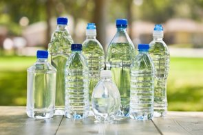 La mitad de los mayores de 65 años no se hidrata adecuadamente (GETTY IMAGES/ISTOCKPHOTO / ABBIEIMAGES - Archivo)