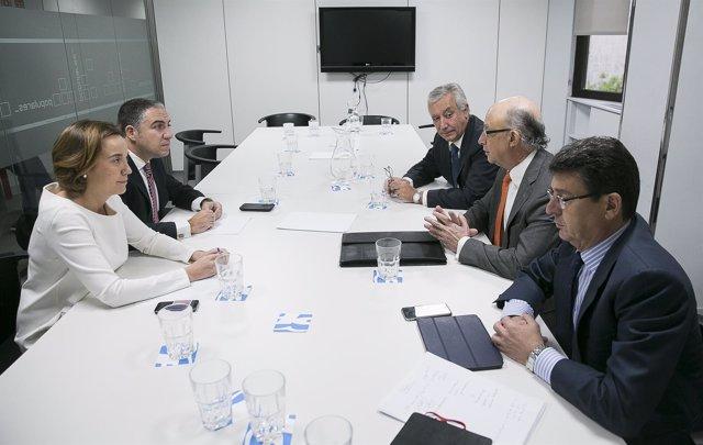 Montoro, Arenas, Matarí, Cuca Gamarra y Elías Bendodo, reunidos en el PP