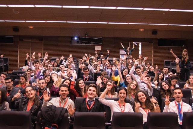 Imagen de los participantes en las jornadas sobre talento joven