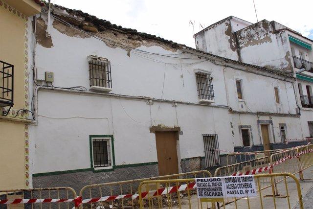 Una de las viviendas que han sufrido derrumbes parciales
