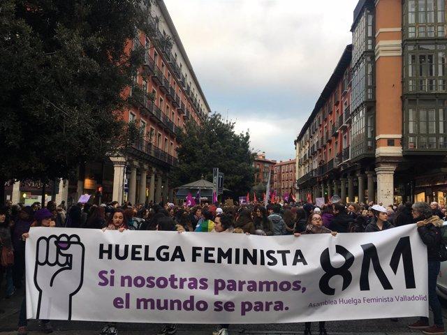 Valladolid.- Cabecera de la manifestación en Fuente Dorada.