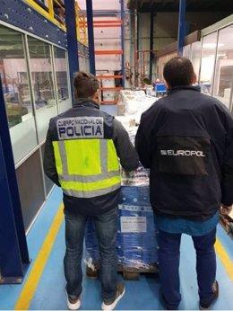 """Nota De Prensa Con Fotografía E Imágenes: """"Detenidas Seis Personas Por La Distri"""