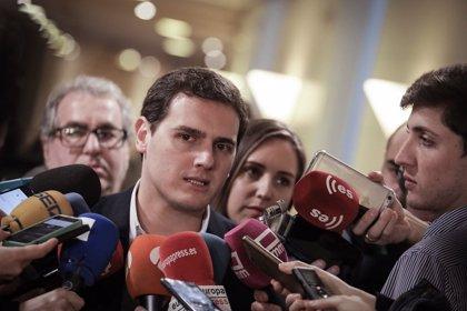 """Rivera vería """"tremendo"""" que la falta de acuerdo entre los independentistas llevara a unas nuevas elecciones catalanas"""