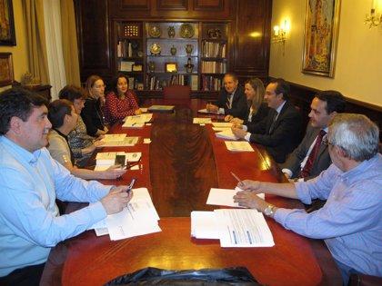 Endesa y Ayuntamiento de Teruel se coordinan para informar sobre la aplicación del nuevo bono social