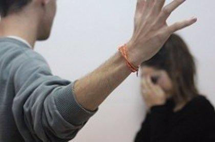 El abuso de drogas aumenta la violencia de género y el consumo de alcohol entre mujeres